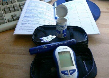 Диабетик должен контролировать уровень глюкозы крови