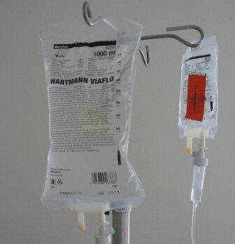 Лечение кетоацидоза капельницей - изотоническим раствором натрия